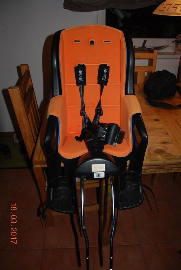 kindersitz f r fahrrad r mer jockey relax 9 22kg in m der. Black Bedroom Furniture Sets. Home Design Ideas