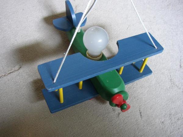 Kinderzimmerlampe Flugzeug