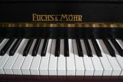 Klavier von Fuchs &