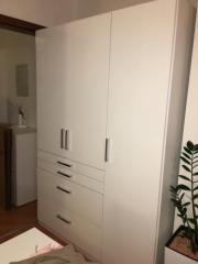 Kleiderschrank weiß hochglanz schiebetür  Kleiderschrank Weiss Hochglanz - Haushalt & Möbel - gebraucht und ...
