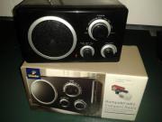 kleiner Kompaktradio / NEU
