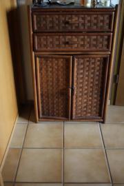 rattan kommode haushalt m bel gebraucht und neu kaufen. Black Bedroom Furniture Sets. Home Design Ideas