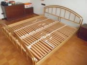 Komplettes Bett ( ohne
