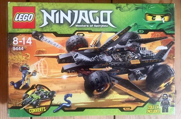lego ninjago auto in uffing spielzeug lego playmobil. Black Bedroom Furniture Sets. Home Design Ideas