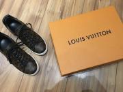 Louis Vuitton Frontrow