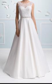 Luxuriöses Brautkleid, Hochzeitskleid
