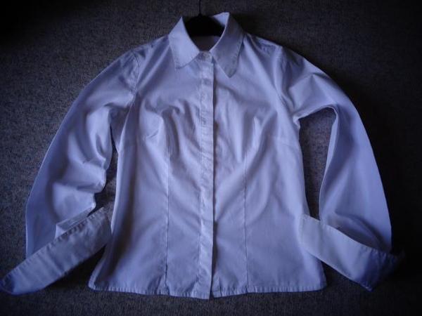 Mädchenbekleidung Bluse Gr 32 weiß