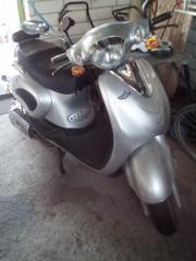 Motorroller 125 ccm