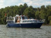 Motoryacht Stahl