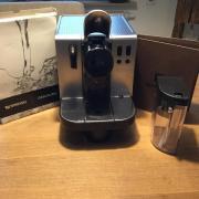 Nespressomaschine De``Longhi