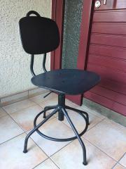 Neuer stylischer Bürostuhl (