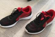 Nike und Adidas
