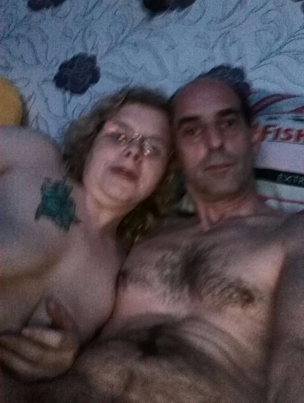 Paar Sucht Bi Frau