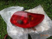 Peugeot Rücklicht rot