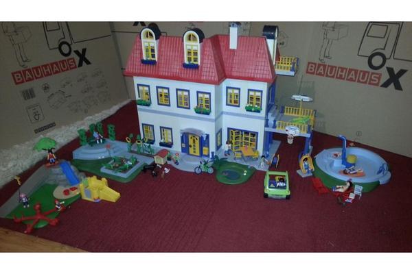 playmobil einfamilienhaus 3965 mit zusatzetage. Black Bedroom Furniture Sets. Home Design Ideas