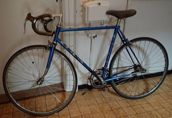 fahrrad flicken ohne flickzeug fahrrad reifen flickzeug. Black Bedroom Furniture Sets. Home Design Ideas
