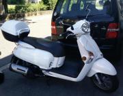 Roller/Motorrad zu