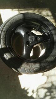 Roller vorder Reifen