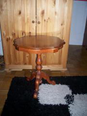Runder tisch nussbaum haushalt m bel gebraucht und for Kleiner runder tisch beistelltisch