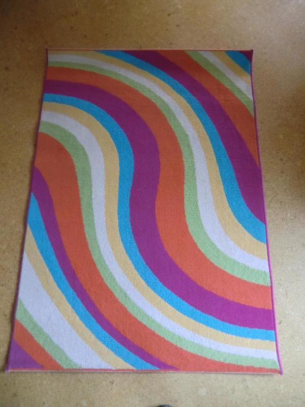 Bunter teppich  Schöner bunter Teppich ca. 1,60 x 1,13 m, guter Zustand! in ...