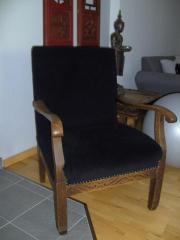 schöner Sessel neu aufgepolstert