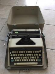 Schreibmaschine Olympia im