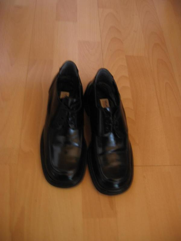 Schuhe made in Italy von Marta Monti, Gr. 39 - Mannheim Luzenberg - Schuhe made in Italy von Marta Monti, Gr.39,schwarz, kaum getragen, NP:149,90 EUR für 35.- EUR an Selbstabholer. - Mannheim Luzenberg