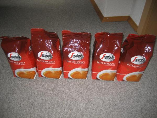 Segafredo Intermezzo Kaffeebohnen Bohnenkaffee Kaffee