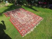 sehr alter Teppich