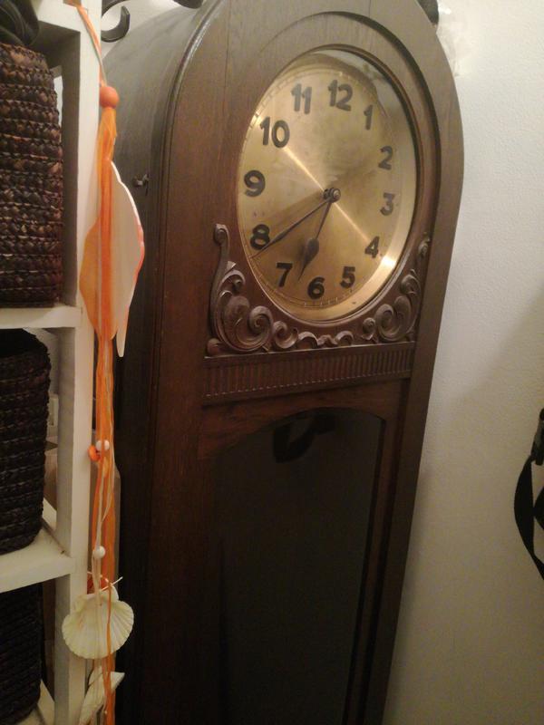 alte standuhr kaufen alte standuhr gebraucht. Black Bedroom Furniture Sets. Home Design Ideas