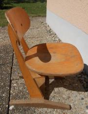 Stuhl kinderstuhl schulstuhl alt aus holz in wei enburg for Jugendzimmer stuhl