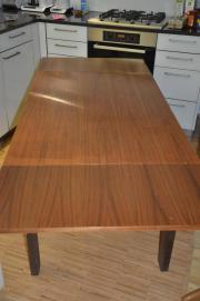 Tisch, ausziehbar bis