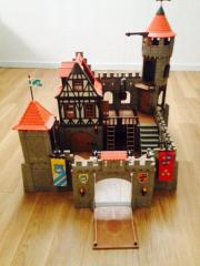 tolle Playmobil Ritterburg