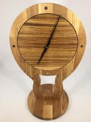 Uhr - Tischuhr - Moderne