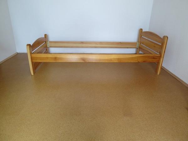 bett kiefer kaufen bett kiefer gebraucht. Black Bedroom Furniture Sets. Home Design Ideas
