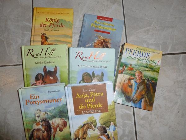 Verschiedene Pferdebücher