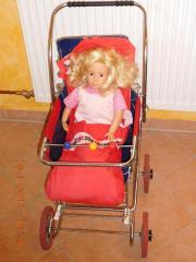 Verschiedene Puppen und