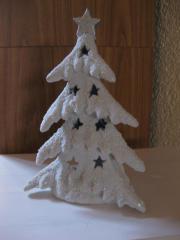 Weihnachtsbaum aus Keramik
