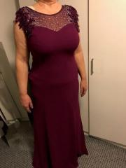 Abendkleid bordeaux 48